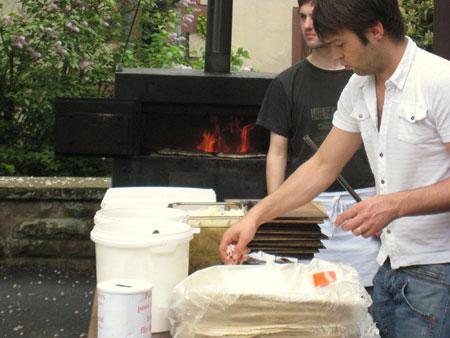 Zubereitung des Flammkuchens im Detail