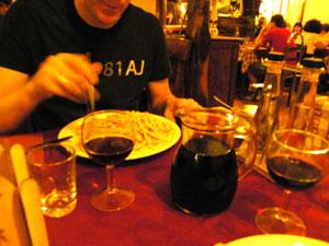 beim Essen in Soave