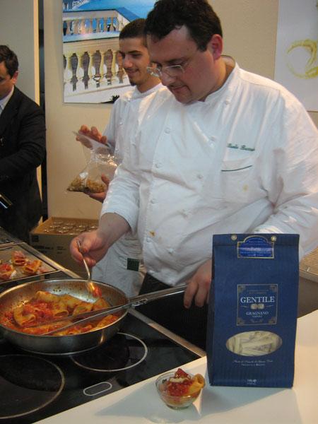 Paolo Barrale kocht Paccheri alla napoletana
