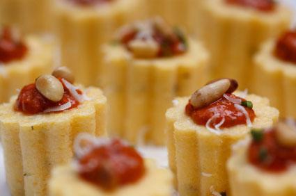 In der Haute Cuisine werden aus Polenta solche Leckereien gezaubert