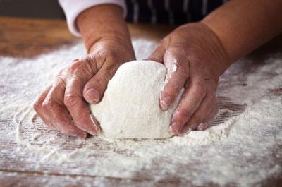 Pizza wird gebacken