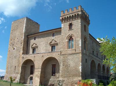 Abruzzen - Castello Ducale (Herzöglicher Palast) in Crecchio