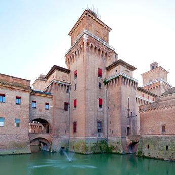 Seneswürdigkeiten in der Emilia-Romagna Castello Estense