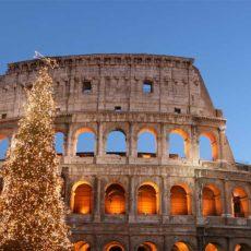 Weihnachtsbaum vor dem Kolosseum