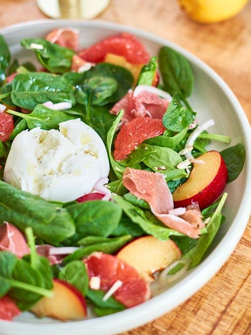 Spinatsalat mit Mozzarella – Rezept