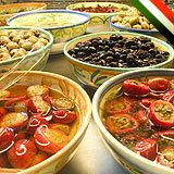 Antipasti und Oliven