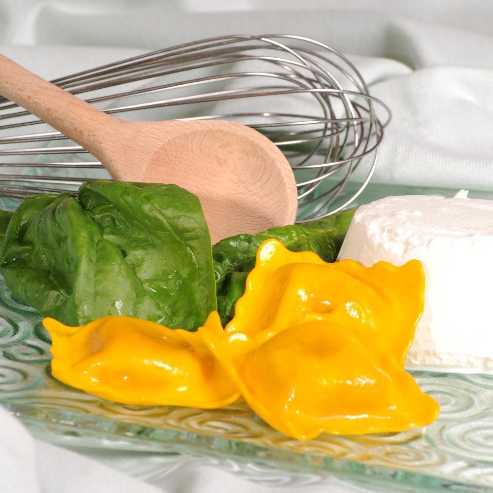 Ravioli mit Ricotta und Spinat