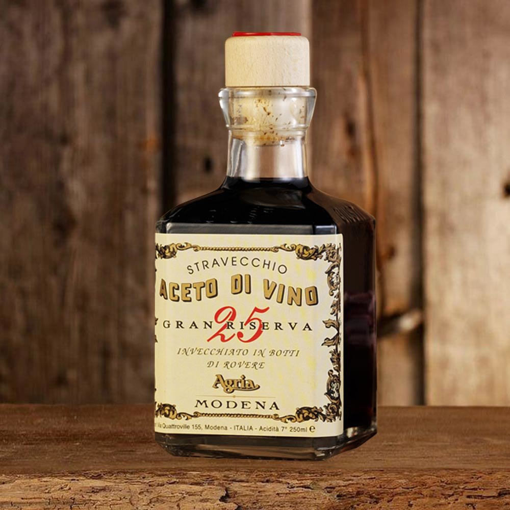 Aceto di Vino Stravecchio Gran Riserva extraalter gereifter Rotweinessig Giusti