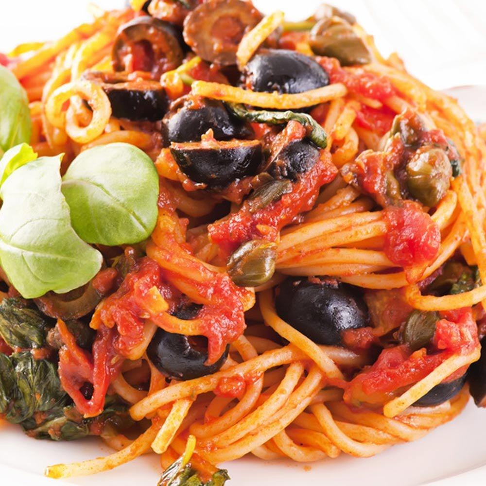 Sugo mediterraneo mediterrane Tomatensauce mit Kapern und Sardellen