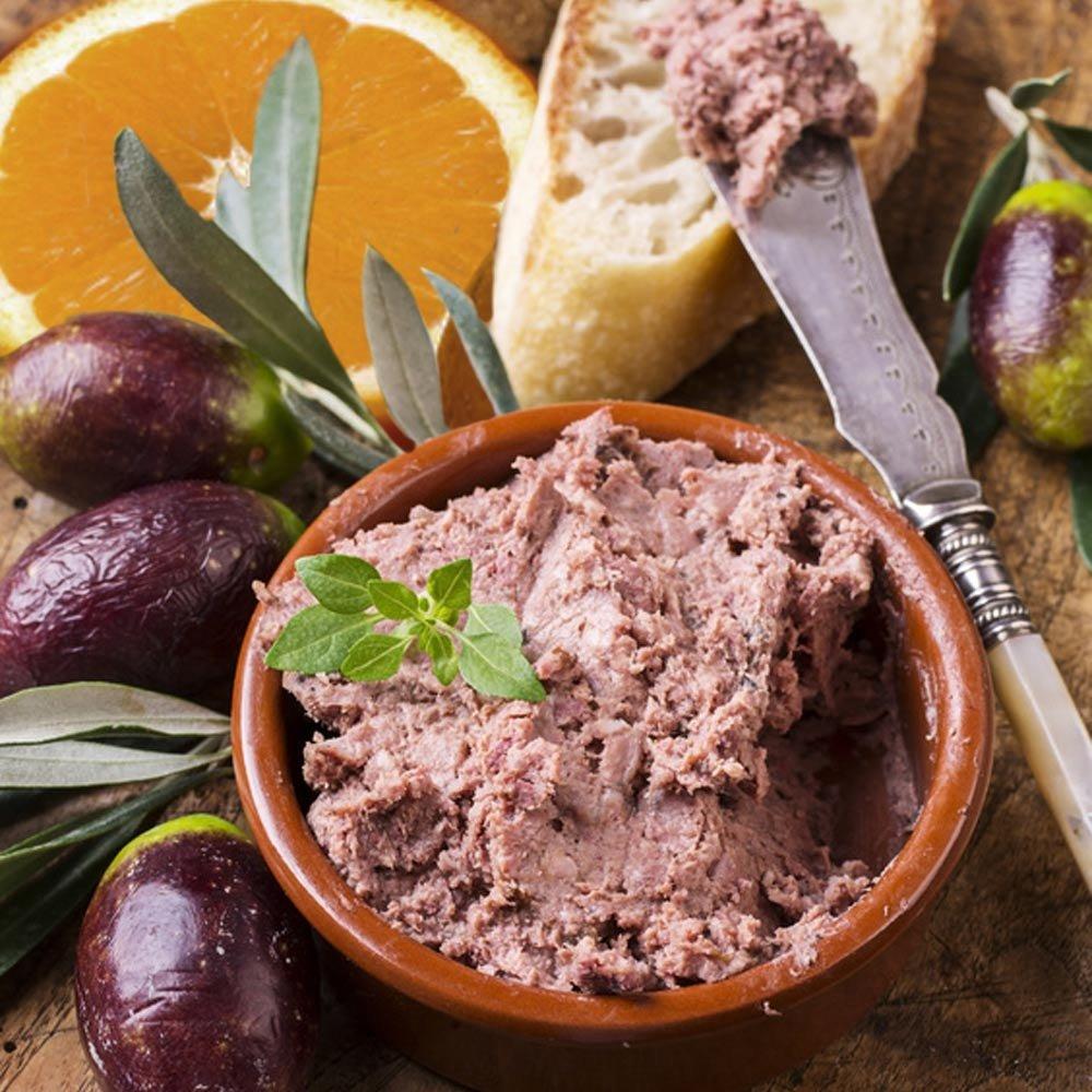 Schwarze Olivencreme mit Orangen Pate di Olive e arance