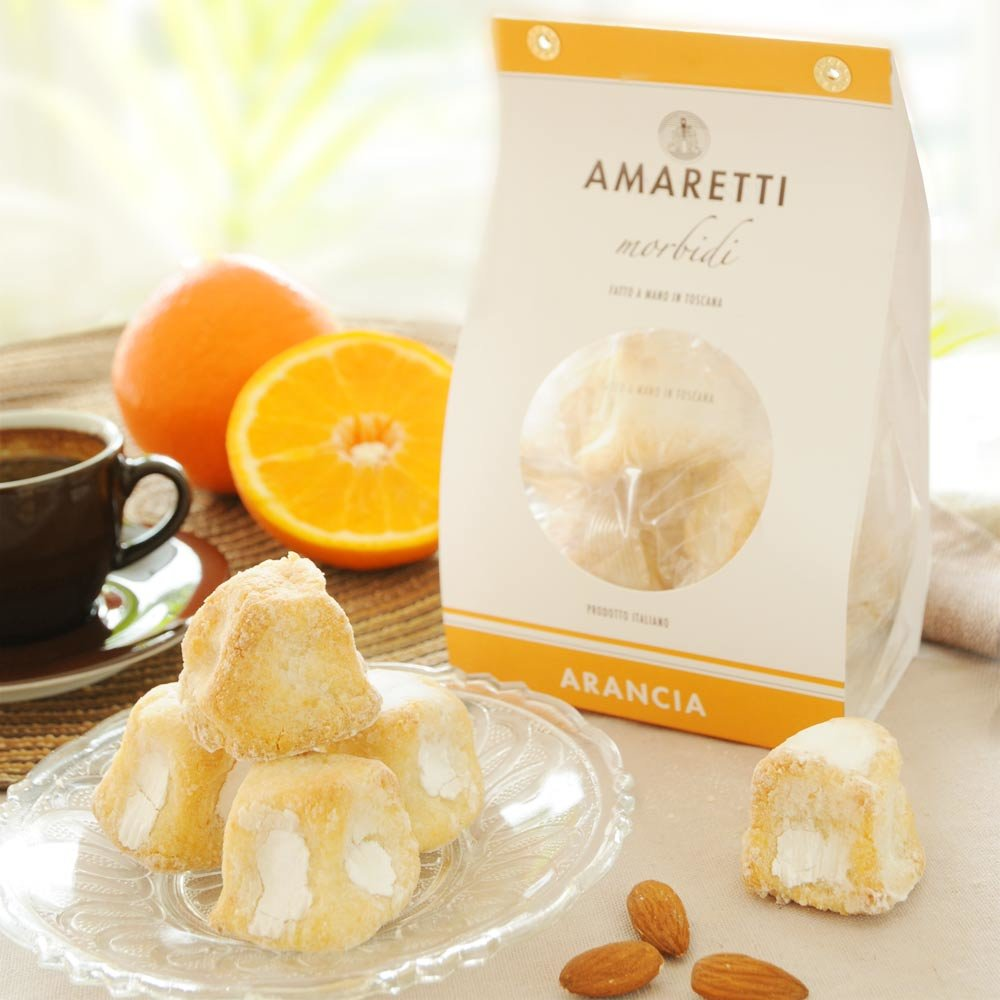 Amaretti morbidi all arancio Weiche Mandel Makronen mit Orange