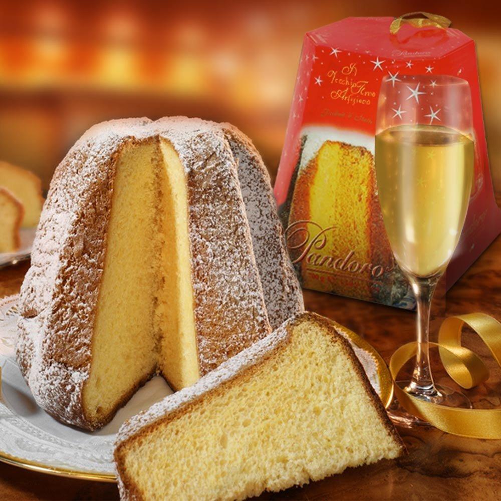 Pandoro di Verona Weihnachtskuchen aus Italien ohne Rosinen