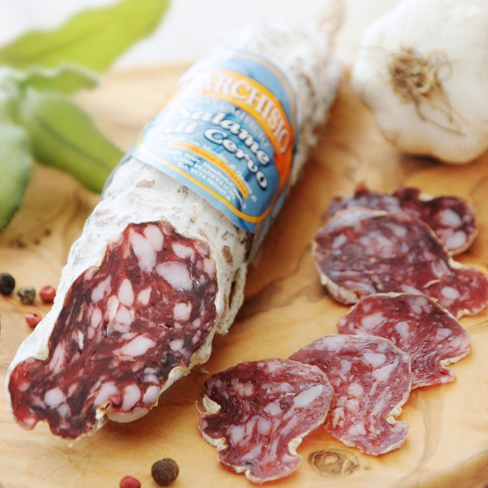 Hirschsalami piemontesische Salami mit Hirsch Italien