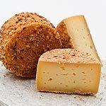 Luppolino Wirzi Südtiroler Käse veredelt mit Bier und Schüttelbrot Degust