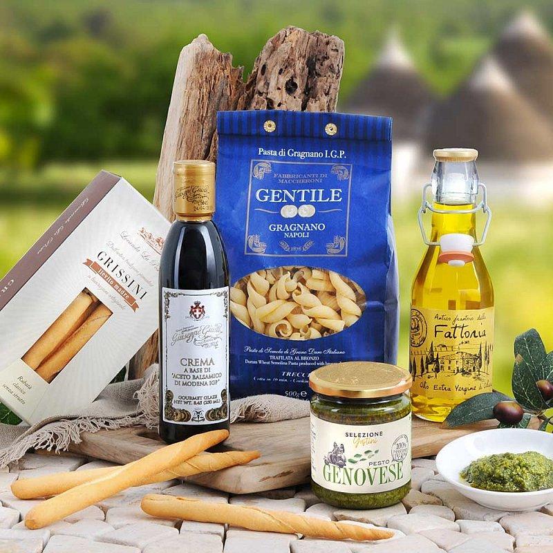 italienisches geschenk mit pasta pesto oliven l geschenkideen gustini. Black Bedroom Furniture Sets. Home Design Ideas