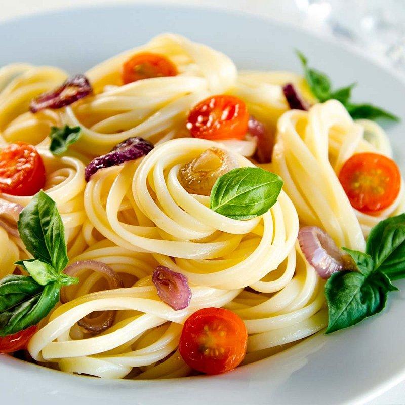 Linguine italienische Pasta aus Apulien